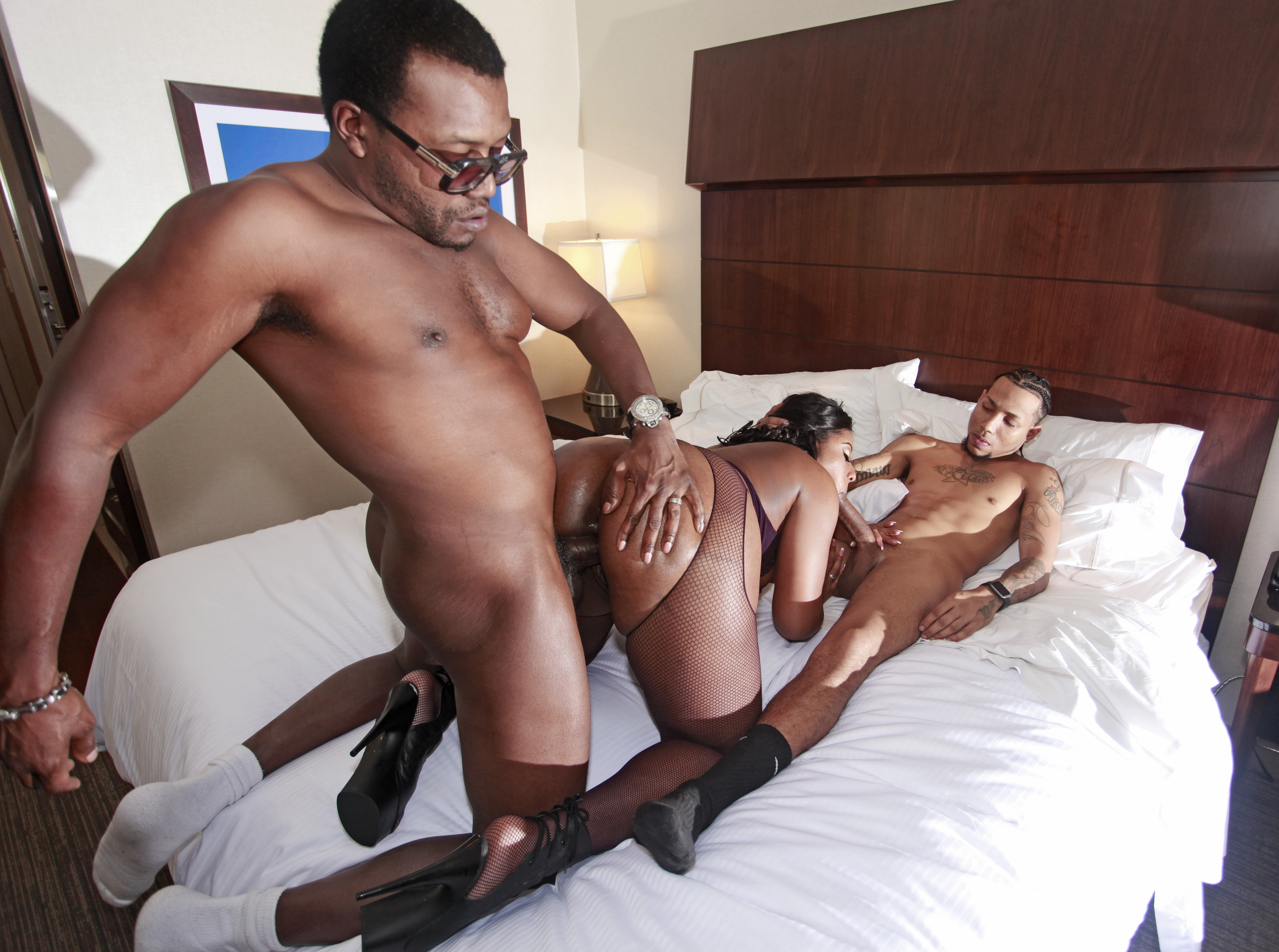 Black girl fuck whil visiting house